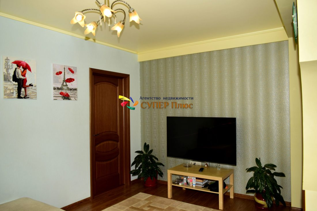 Продается 3 комнатная квартира пр. Славы, 18. АН СУПЕР Плюс