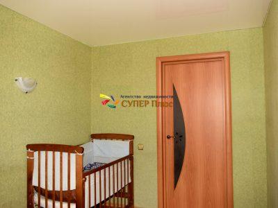 Продаетсфмя 2 комнатная квартира ул