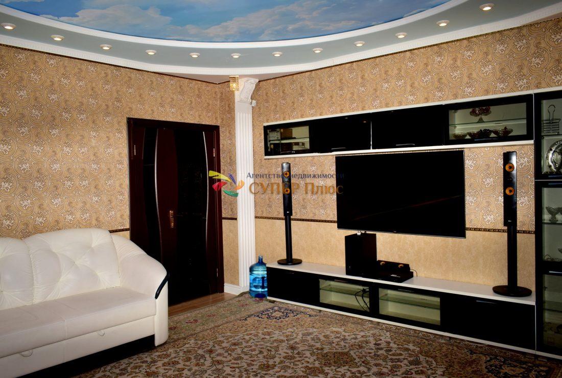 Гостинная комната - Дверь