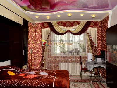 Комната №2 - Окно