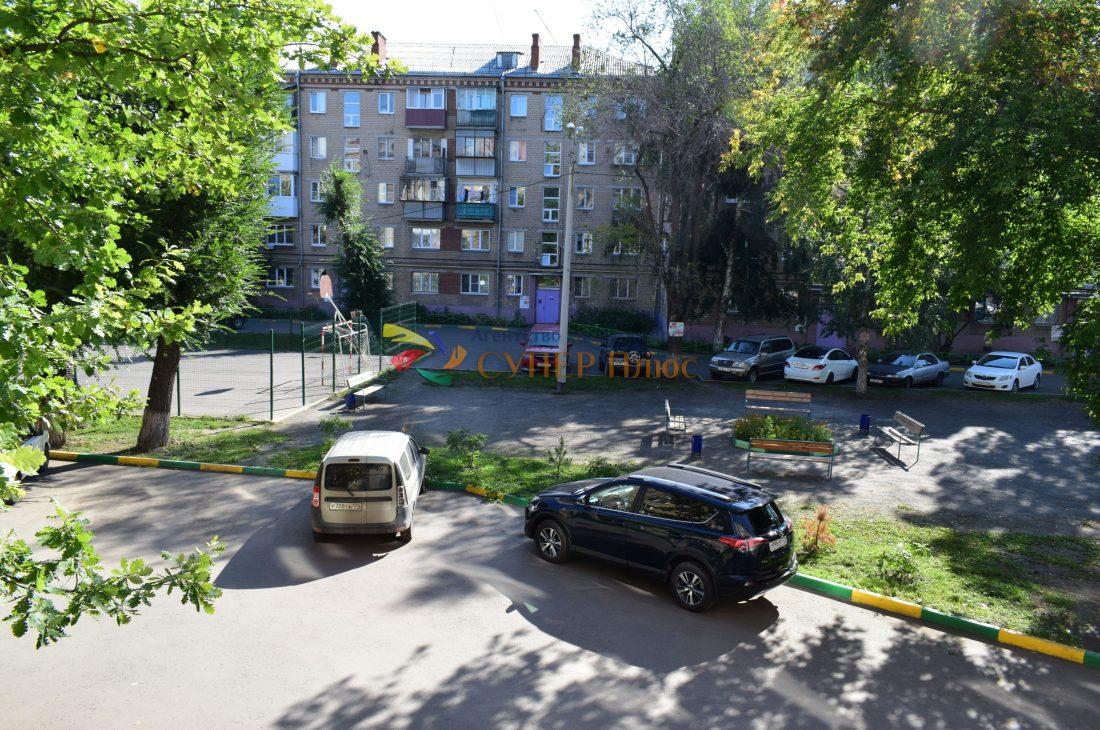 Продается 2 комнатная квартира ул. Барбюса, 61